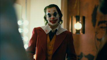 Joker: Todd Phillips znów zabiera nas za kulisy, prezentując zupełnie nowe zdjęcia