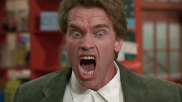 Gliniarz w przedszkolu - Arnold Schwarzenegger i aktorzy z filmu spotkali się po latach na wirtualnym wydarzeniu