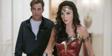 Wonder Woman 1984 - złota zbroja bohaterki na nowym zdjęciu z filmu