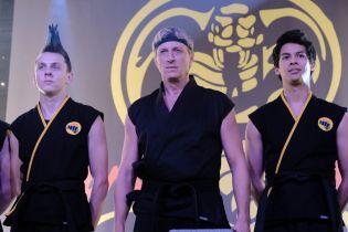 Cobra Kai - pierwsze zdjęcia z 3. sezonu serialu. W nowej odsłonie zobaczymy postacie z Karate Kid 2?