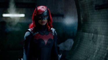 Batwoman - ujawniono kolejnego złoczyńcę 2. sezonu serialu. To antagonista znany z kina