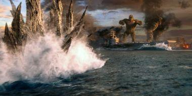 Godzilla kontra Kong - Król Potworów walczy z marynarką, a Kong go beszta. Nowy fragment