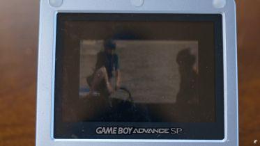 Youtuber odpalił Teneta na konsoli Game Boy Advance