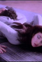 Kate Bush: Running Up That Hill