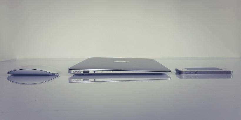 Z odejściem Jonathana Ive'a skończyła się era Steve'a Jobsa w Apple